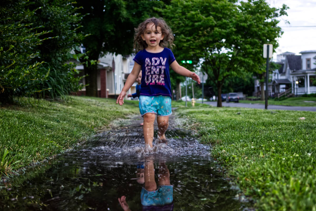 Snader Flyby - Adi Running in Puddles